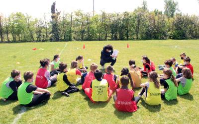 """Foot à l'école. Le FC Mordelles et l'Immaculée ont lancé le cycle """"Balle au Pied"""""""
